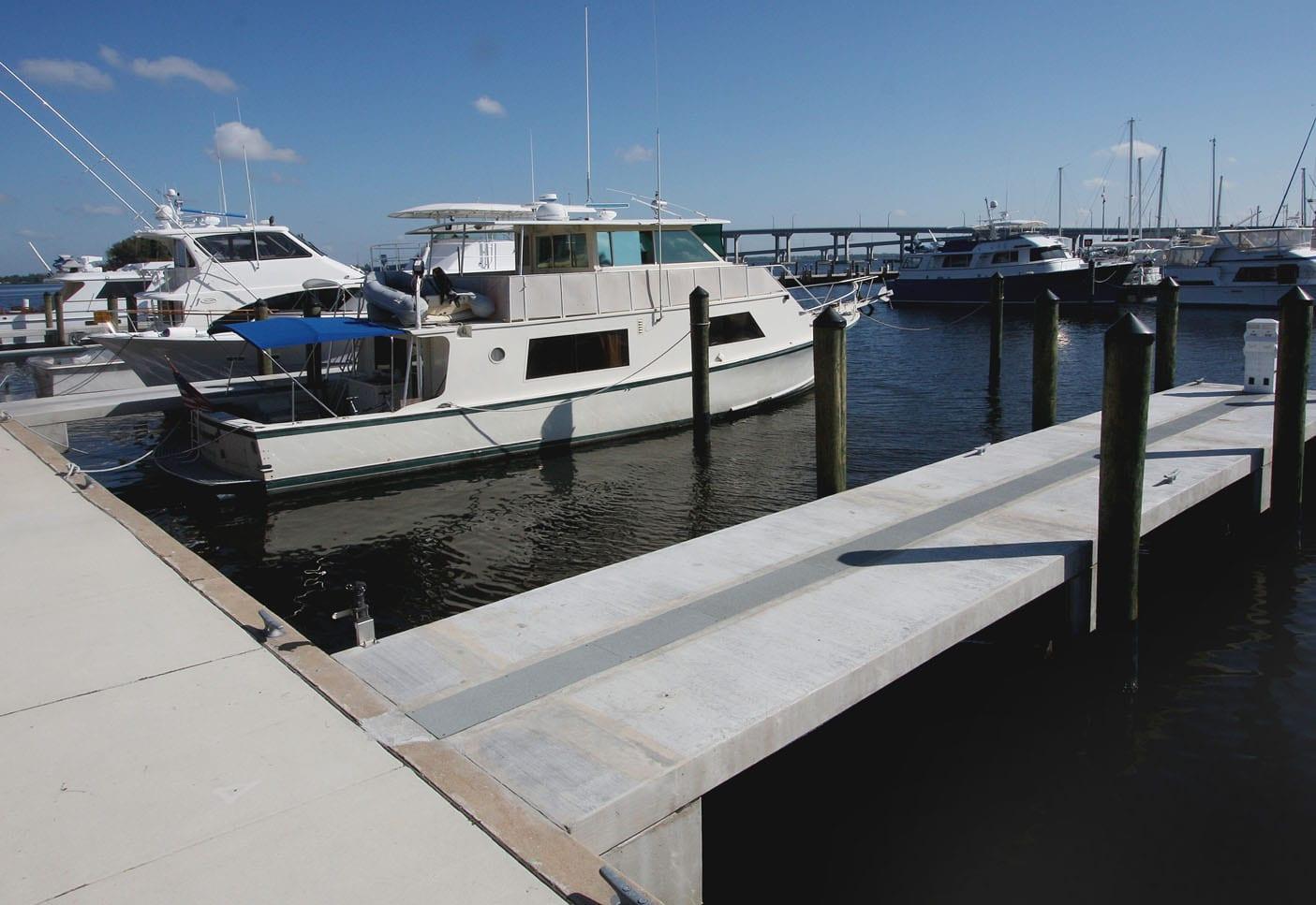 Yacht_Basin_0002_Layer 3